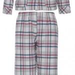 Pijama manga longa xadrez nevada: de R$ 259,00 por R$ 149,00