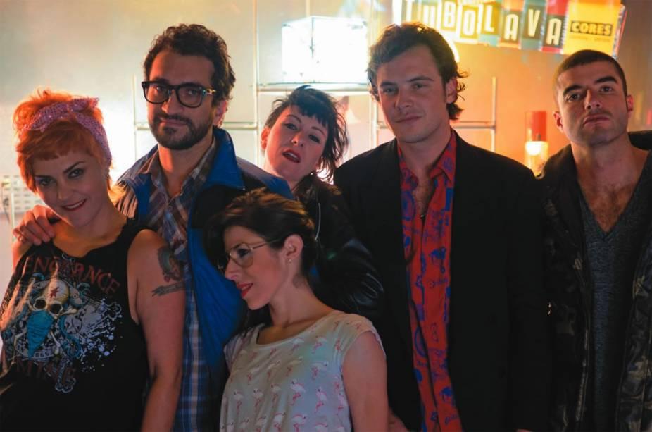 Ana Nero, Fábio Ock, Abhiyana, Sérgio Guizé, Paulo Sgarbi e Maria Laura Nogueira em Pornô — Falcatrua Nº 18.633