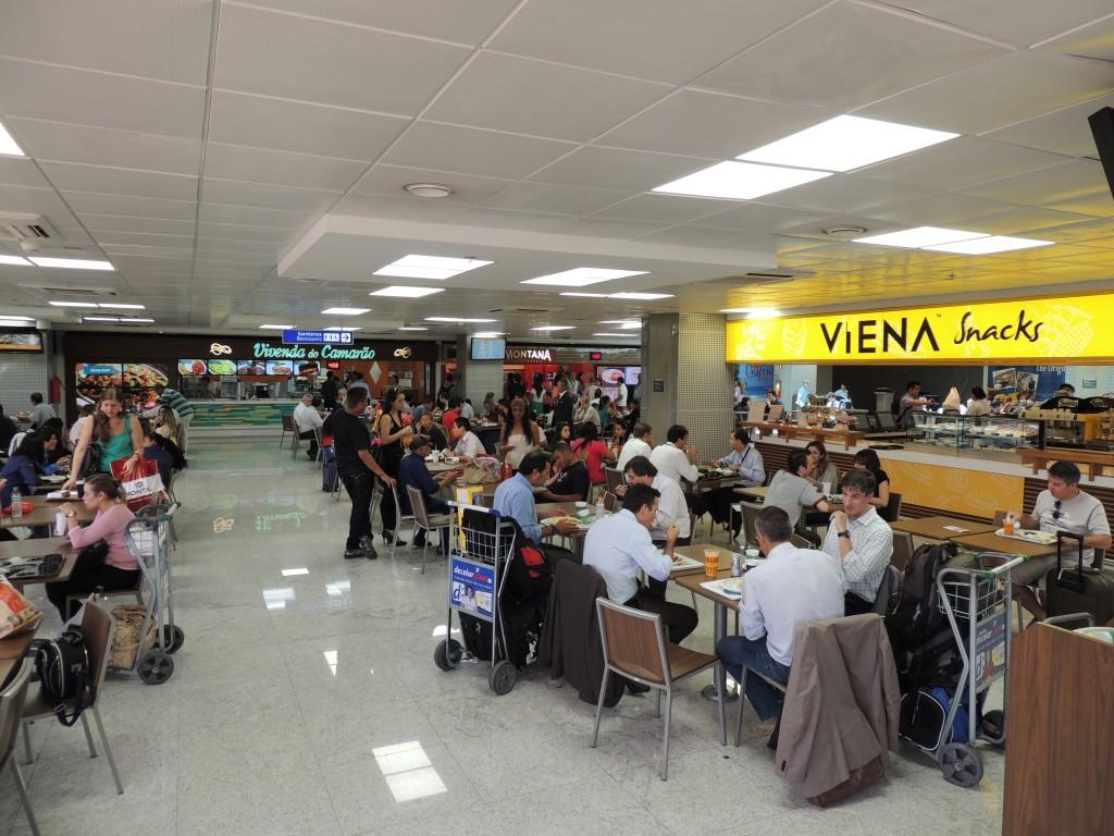 A nova praça de alimentação: mais restaurantes, mais lugares