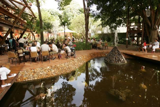 Primavera - restaurantes - Praça São Lourenço
