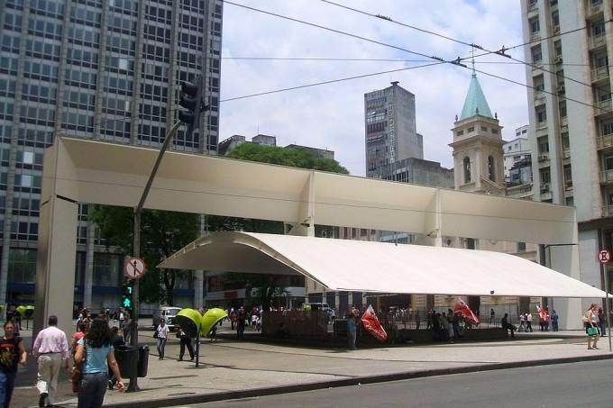 Praça_do_Patriarca_02