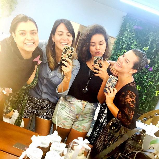 Preta Gil ao lado de Carol Sampaio, Ju de Paulla e Fernanda Souza (Foto: Reprodução/Instagram)