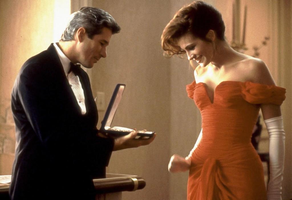 Richard Gere e Julia Roberts em cena de Uma Linde Mulher, de 1990