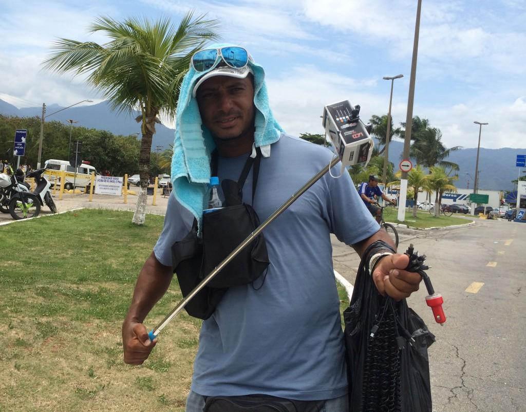 Claudiano Mendonça é professor de física em Ubatuba (Foto: Fábio Lemos Lopes)