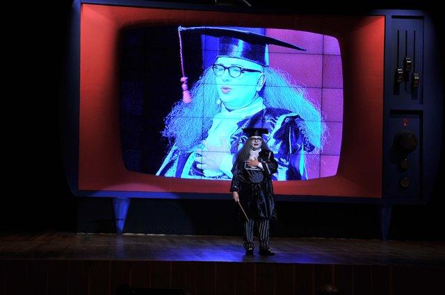 Marcelo Tas caracterizado de Professor Tubúrcio: personagem que marcaram a história do canal (Foto: Divulgação)