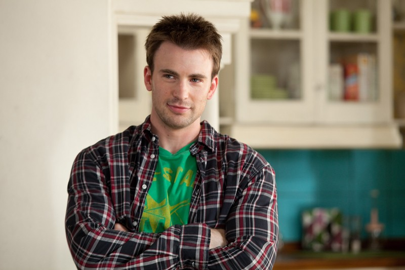 O galã Chris Evans interpreta o vizinho que tenta fugir as ex-namoradas: Qual Seu Número?