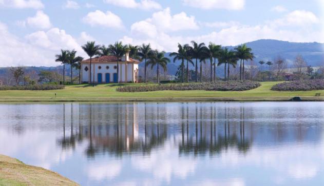 Vista do condomínio  Quinta da Baroneza, um dos mais lindos e sofisticados do Brasil: casa assaltada (Foto: Reprodução)