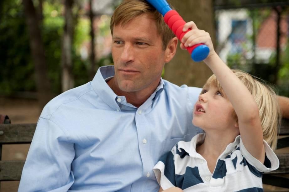 Aaron Eckhart é Howie: o pai tenta esquecer a morte do filho