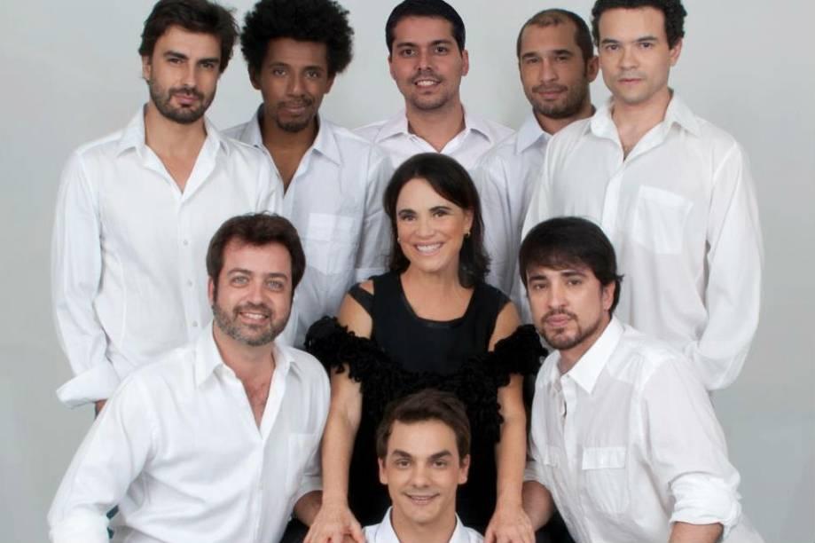 Além de ser a protagonista, Regina Duarte também dirige a peça Raimunda, Raimunda