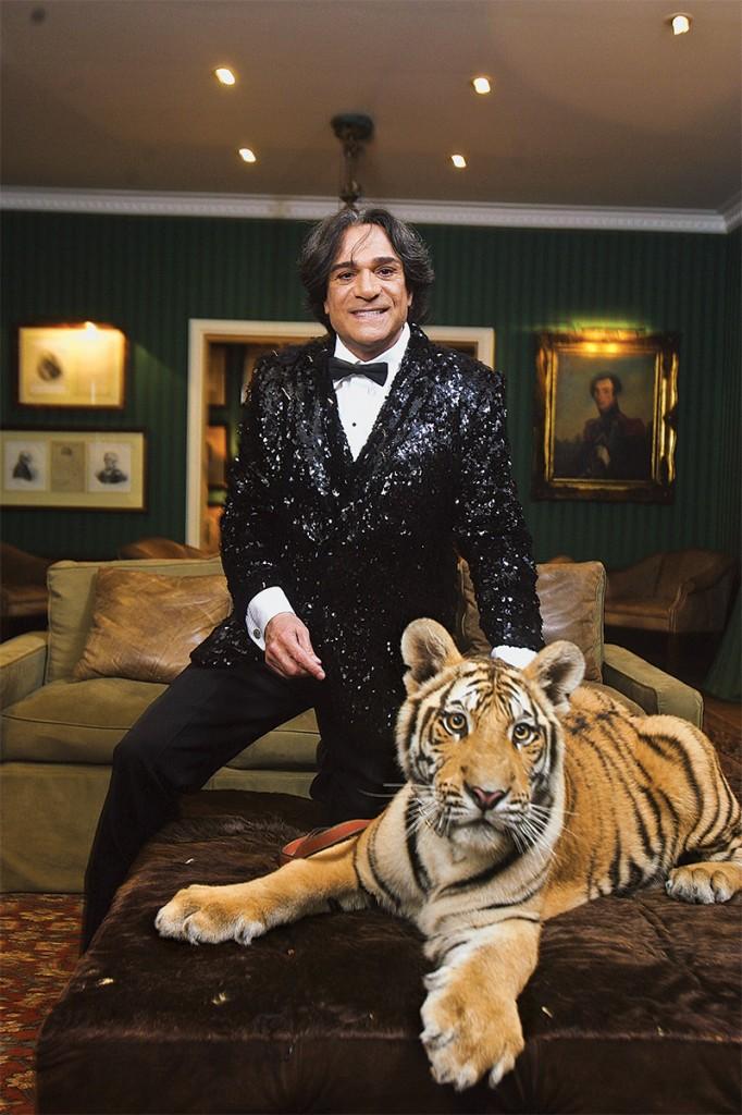 """Kherlakian e o tigre Sultão de outro: notifcação por """"mau cheiro"""""""