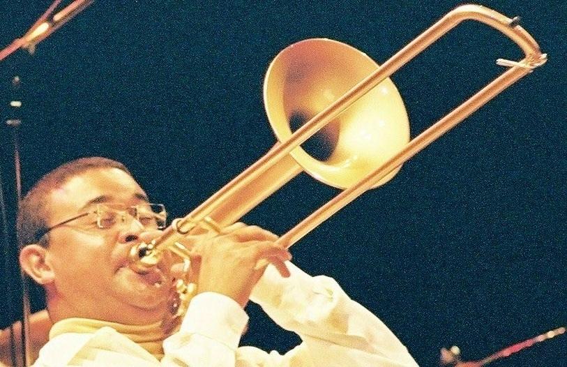 Trombonista Renato Farias: festa de Carnaval no Cine Joia