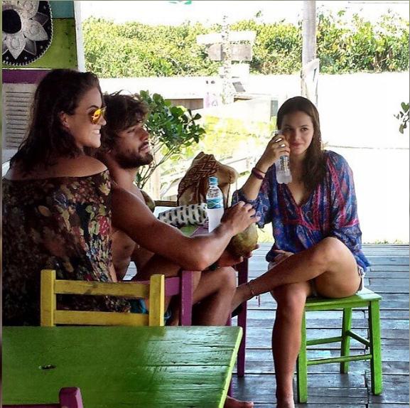 Já com os cabelos cortados, amigos e familiares postam fotos de momentos de descontração de Bruna e Marlon (Foto: Reprodução/Instagram)