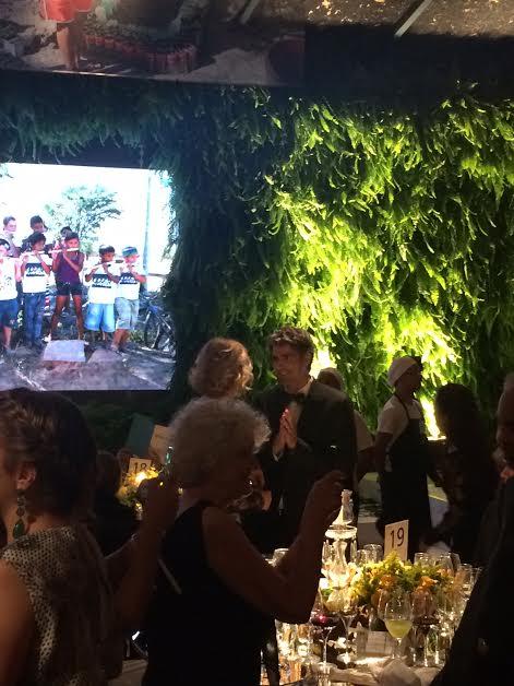 Marília Gabriela, a mestre de cerimônias da noite, de conversa com Reynaldo Gianecchini: ele era o mais bonito da festa (Foto: João Batista Jr.)