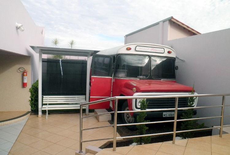 Motel Classic no Acre: um ônibus para inspirar casais (Foto: Divulgação)