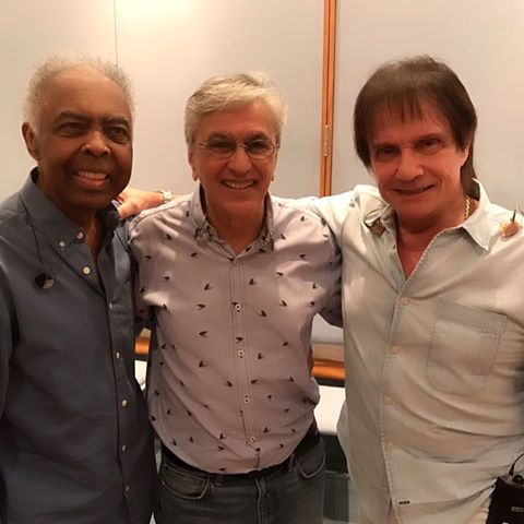 Gil, Caetano e Roberto Carlos: juntos no palco (Foto: Reprodução)