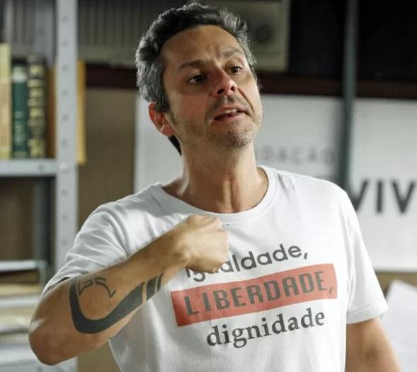 Romero (Alexandre Nero): para evitar problemas, frases são submetidas ao jurídico da emissora (Foto: Divulgação)