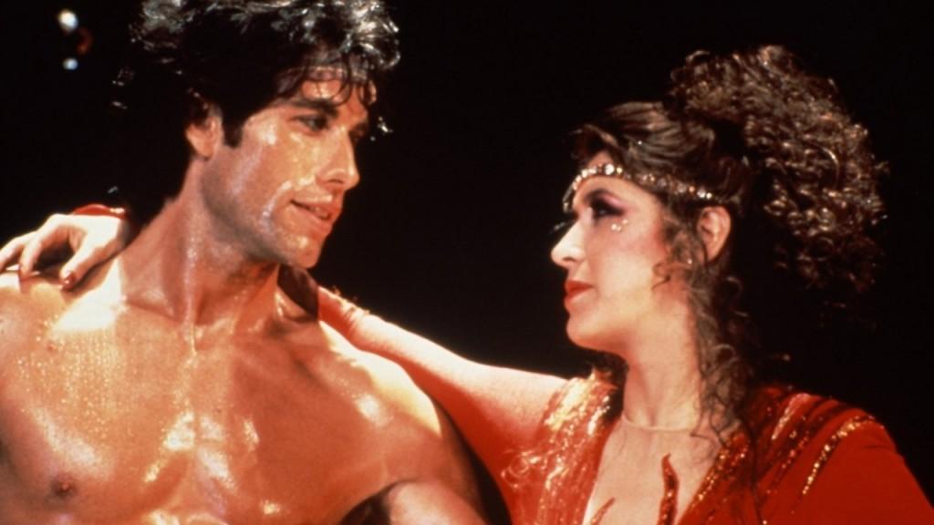 Os Embalos de Sábado Continuam (1983), com Cynthia Rhodes: um desastre musical dirigido por Stallone