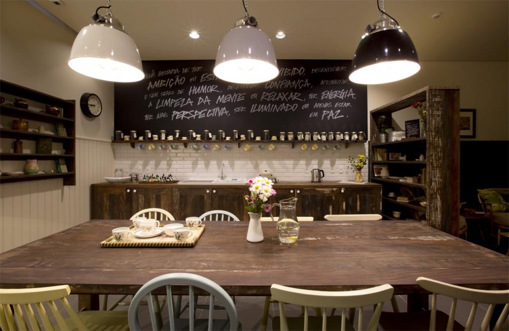 O pré-atendimento do Lush Spa é feito em uma sala que reproduz uma cozinha. Eles acreditam que é nesse ambiente que ficam as melhores conversas