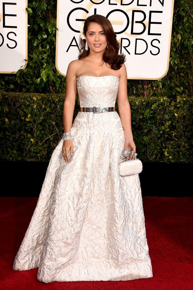 Salma Hayek veste Alexander McQueen (Foto: Reprodução/Fashionista)
