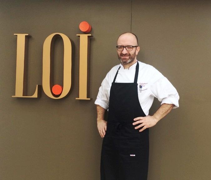 Loi: na fachada discreta do novo restaurante (Fotos: Arnaldo Lorençato)