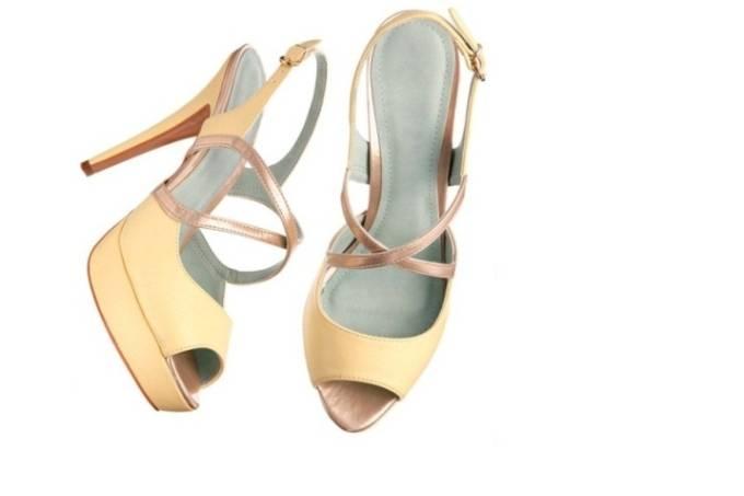 Sandália de couro sintético Mundial Calçados