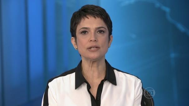 A jornalista Sandra Annenberg, que apresentou a edição de sábado (12) do Jornal Nacional, ao lado de