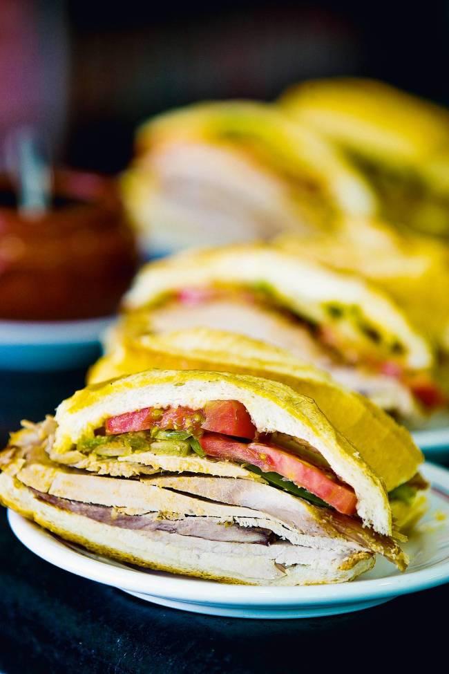 sanduíche de pernil estadão