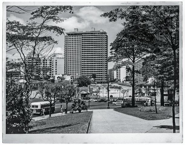 O prédio nos anos 50: ícone de estilo e cenário até de novelas (Foto: Divulgação)