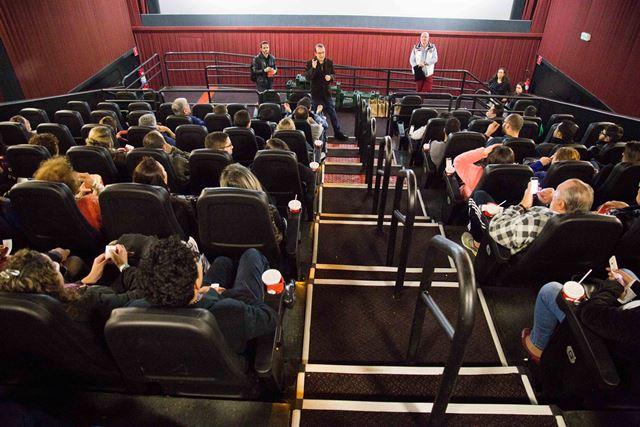 O público estava ansioso para ver o novo filme de Almodóvar