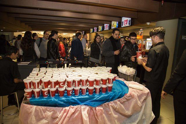 Os convidados da Sessão Vejinha ganharam pipoca, refrigerante e chocolates do Pátio Higienópolis