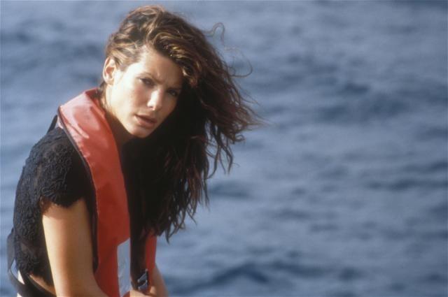 1997 – Keanu Reeves pulou fora e Sandra amargou sozinha o fiasco de Velocidade Máxima