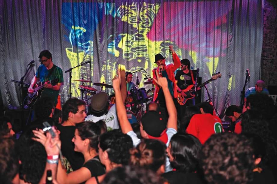 Studio SP, no Baixo Augusta: shows e DJs garantem o agito