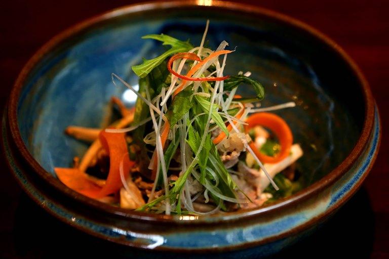 "Koike: shabu-shabu frio estilo ""wafu-salada"""