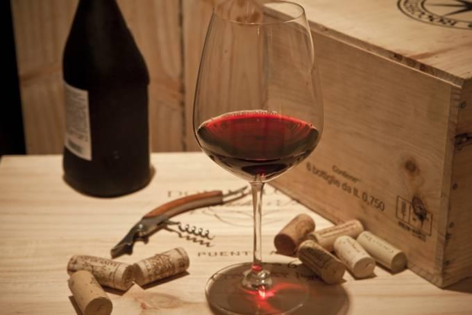 Tinto na faixa: três restaurantes que brindam os clientes com garrafas de vinho (Foto: Fernando Lemos)