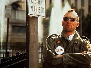 Taxi Driver, com Robert De Niro no papel principal