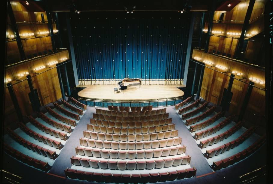 Sala, no teatro Alfa