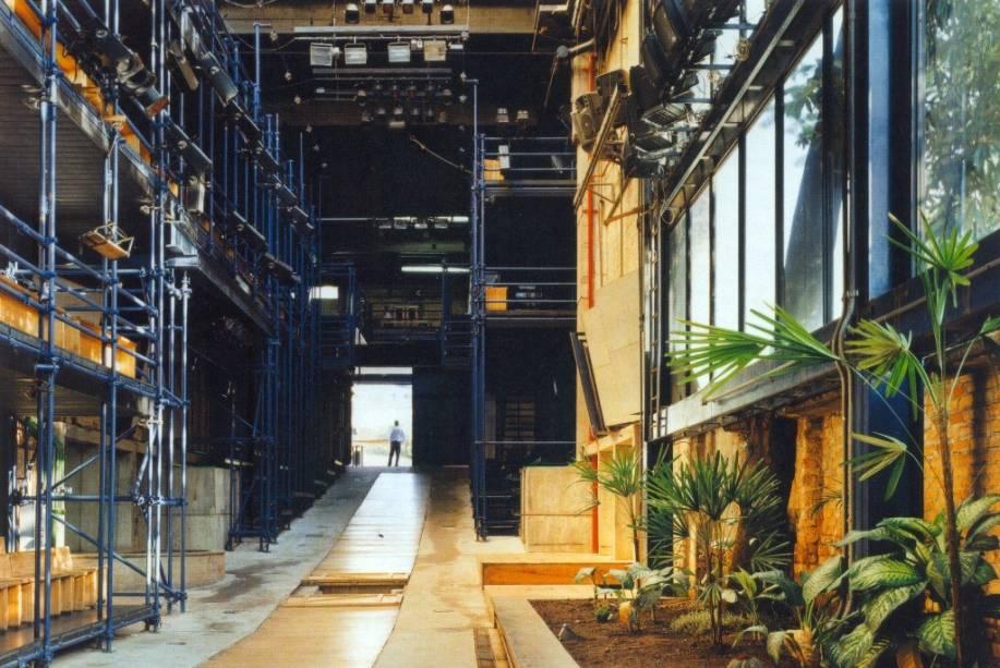 Teatro de galeria: o Oficina comporta 350 lugares
