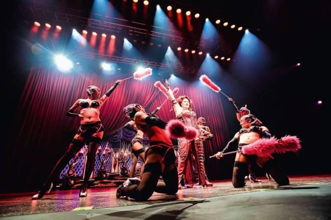 Teatro Santander- ensaio We Will Rock You