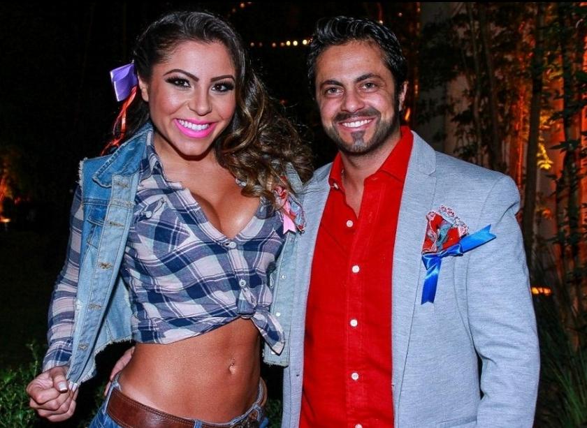 Ao lado da namorada Andressa Ferreira, Thammy aparece barbado em festa junina beneficente (Foto: Reprodução/Facebook)