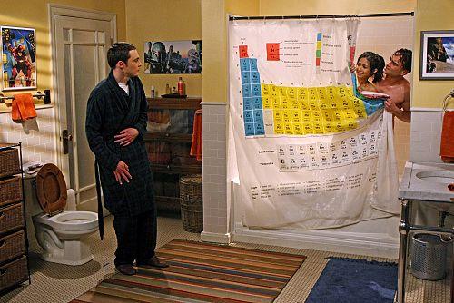 Cortina do banheiro dos meninos de The Big Bang Theory