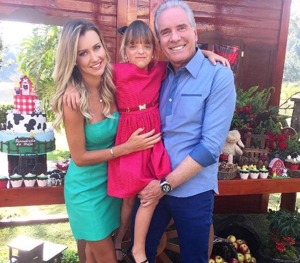 A madrasta de Rafinha, Ana Paula Siebert, e Roberto Justus (Foto: Reprodução/Instagram)