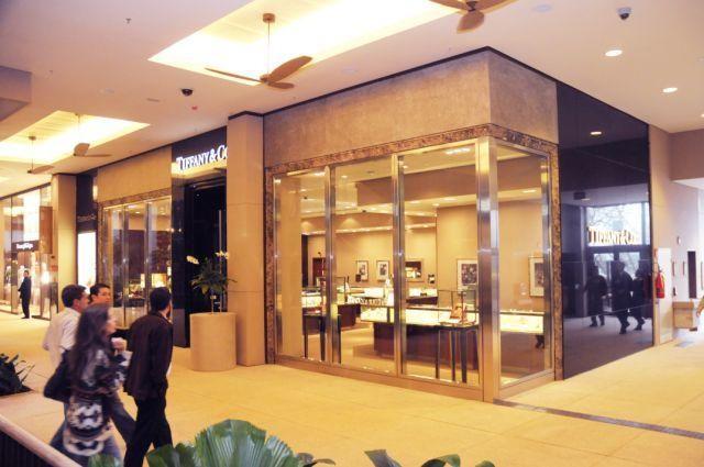 Fachada da Tiffany & Co., no Shopping Cidade Jardim
