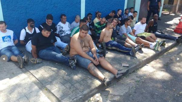 Torcedores presos após briga no entorno do Pacaembu (Divulgação)