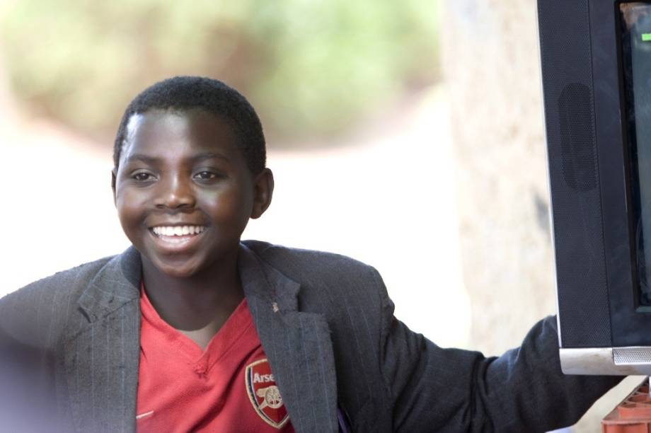 Eriya Ndayambaje: ator mirim esbanja carisma em Uma Incrível Aventura