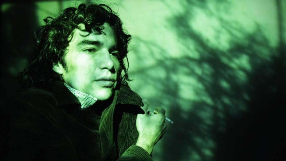 Caio Blat protagoniza o documentário Uma Longa Viagem