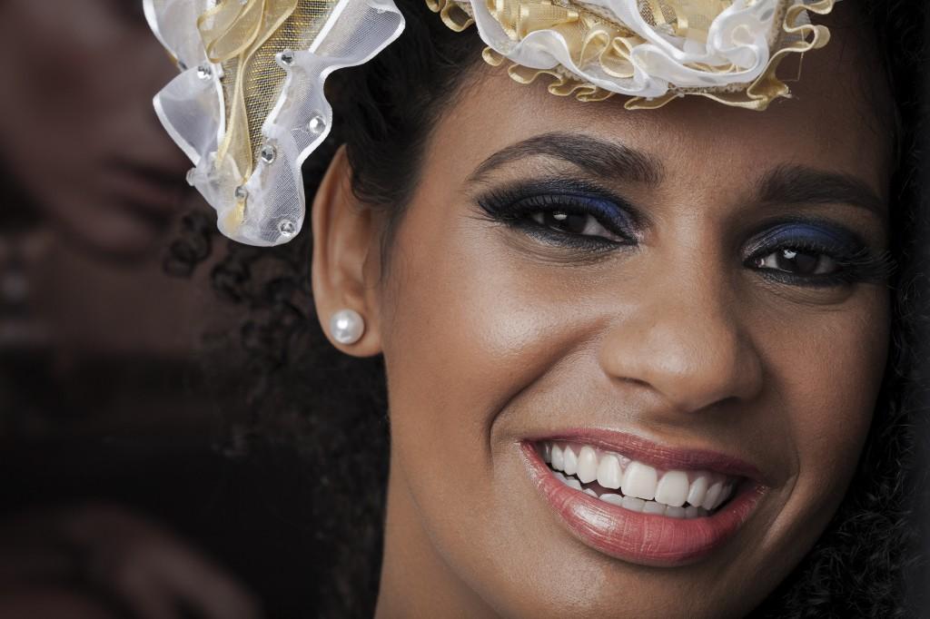 Detalhe da maquiagem inspiração para quem vai curtir a folia no Sambódromo (Foto: Villy Ribeiro)