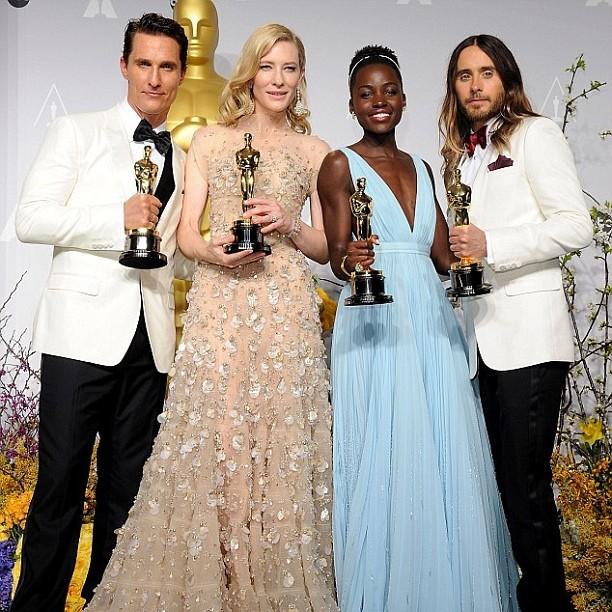 Foto para a posteridade: os vencedores Matthew, Cate, Lupita e Jesus... digo, Jared Leto