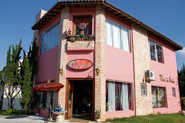 Fachada do restaurante árabe Véu de Seda