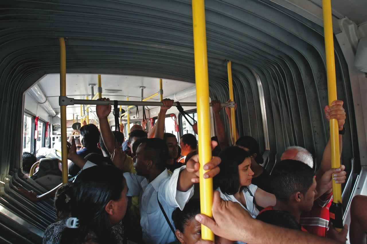 Ônibus M'Boi Mirim - capa 2203