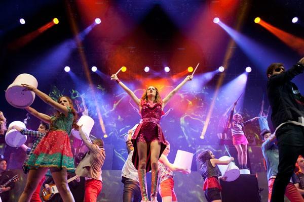 Dia 26/6 - Violeta: o Show - a estrela da Disney chega ao cinema para cantar e encantar a criançada